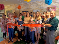 Shutter-Happy Photography Ribbon Cutting 2017