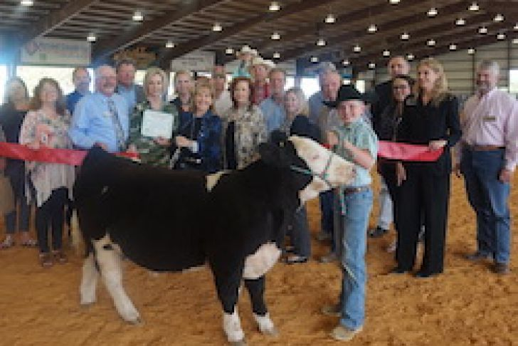 Kendall County Youth Agriculture & Equestrian Center (YAEC) Ribbon Cutting