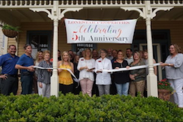 5 Year Anniversary for LoneStar Properties Ribbon Cutting