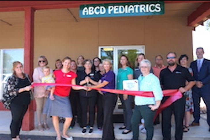 ABCD Pediatrics Boerne Ribbon Cutting