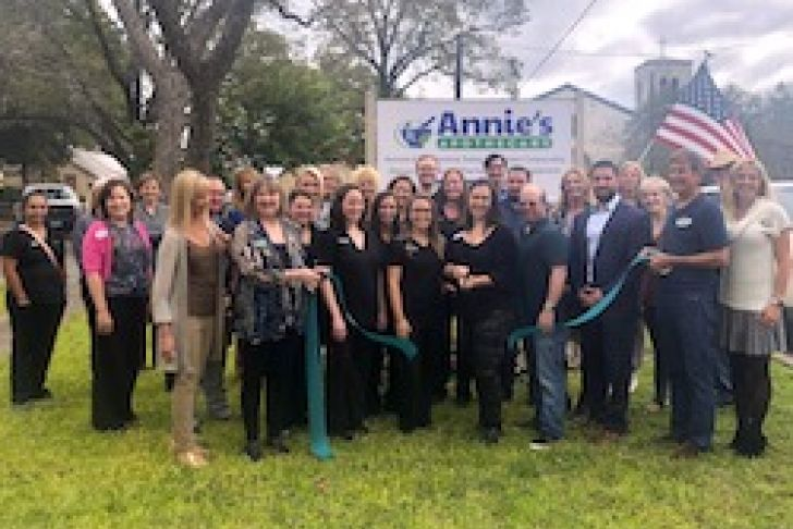 Annie's Apothecary's New Location Ribbon Cutting Photo