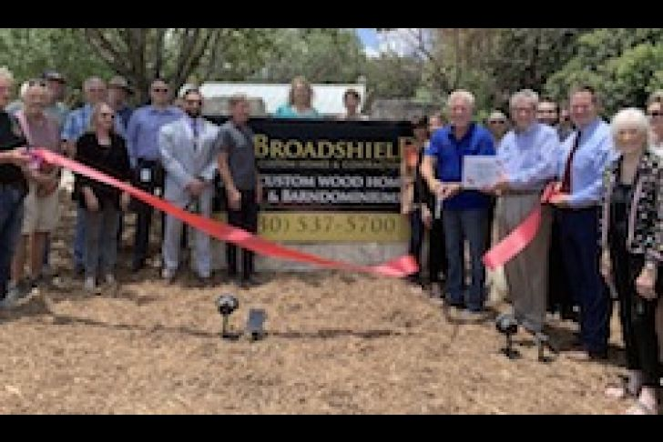 Broadshield Custom Homes and Contractors Ribbon Cutting Photo