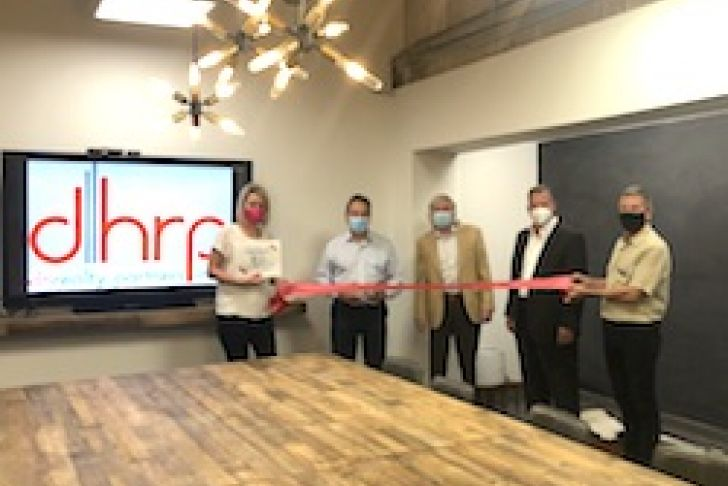 DH Realty Partners, Inc. Ribbon Cutting Photo